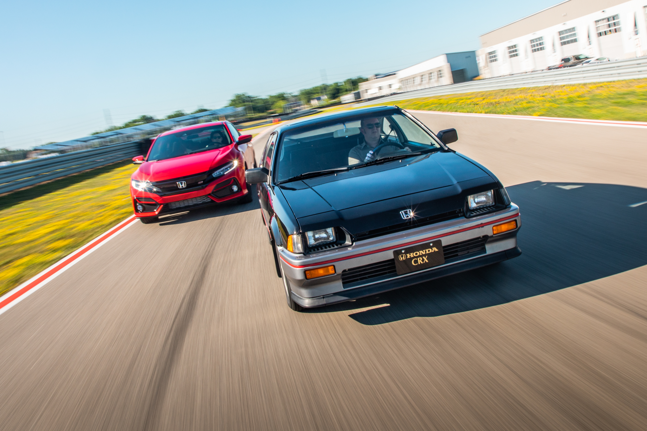 1985 CRX Si and 2020 Civic Si track action