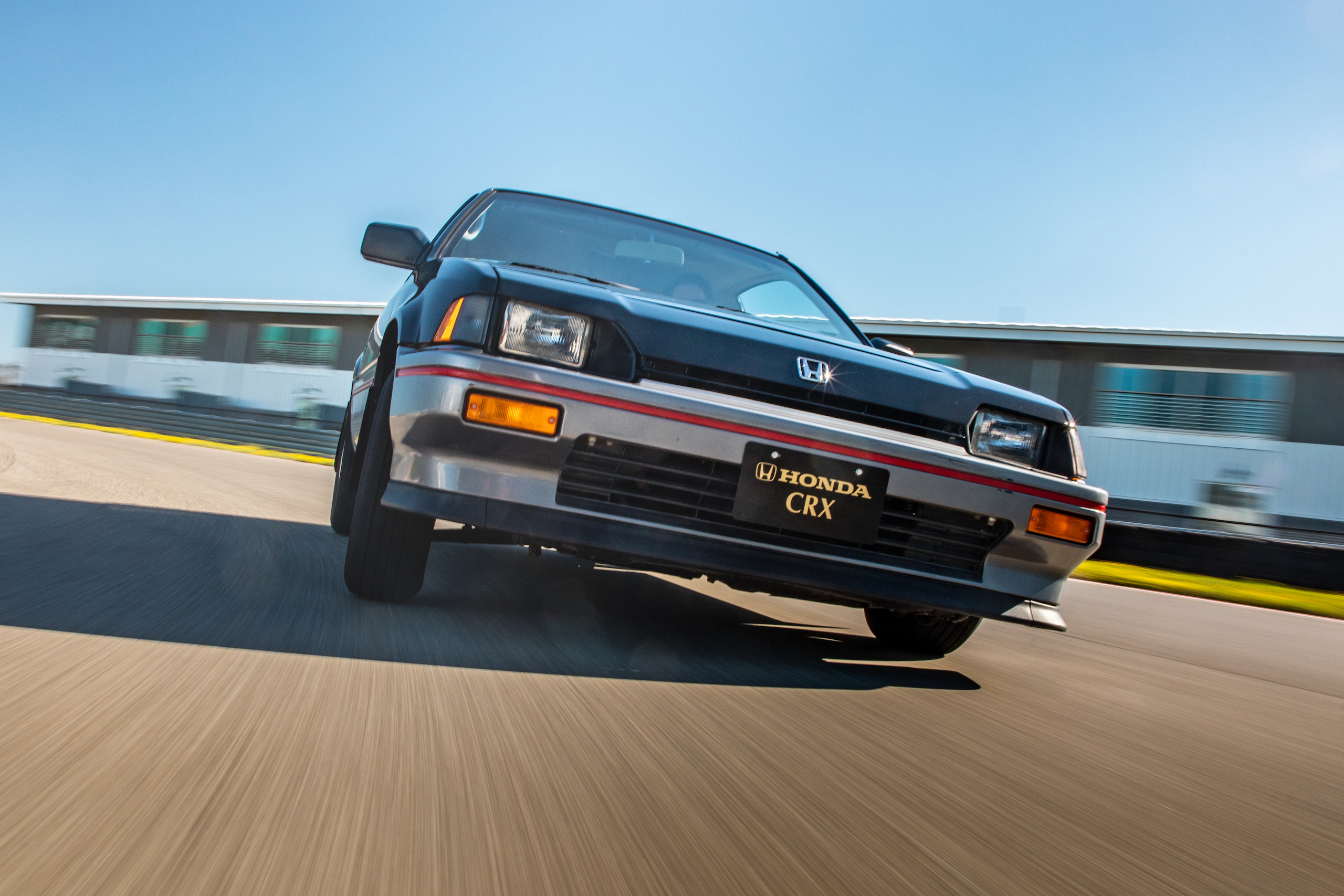 1985 CRX Si front track action close