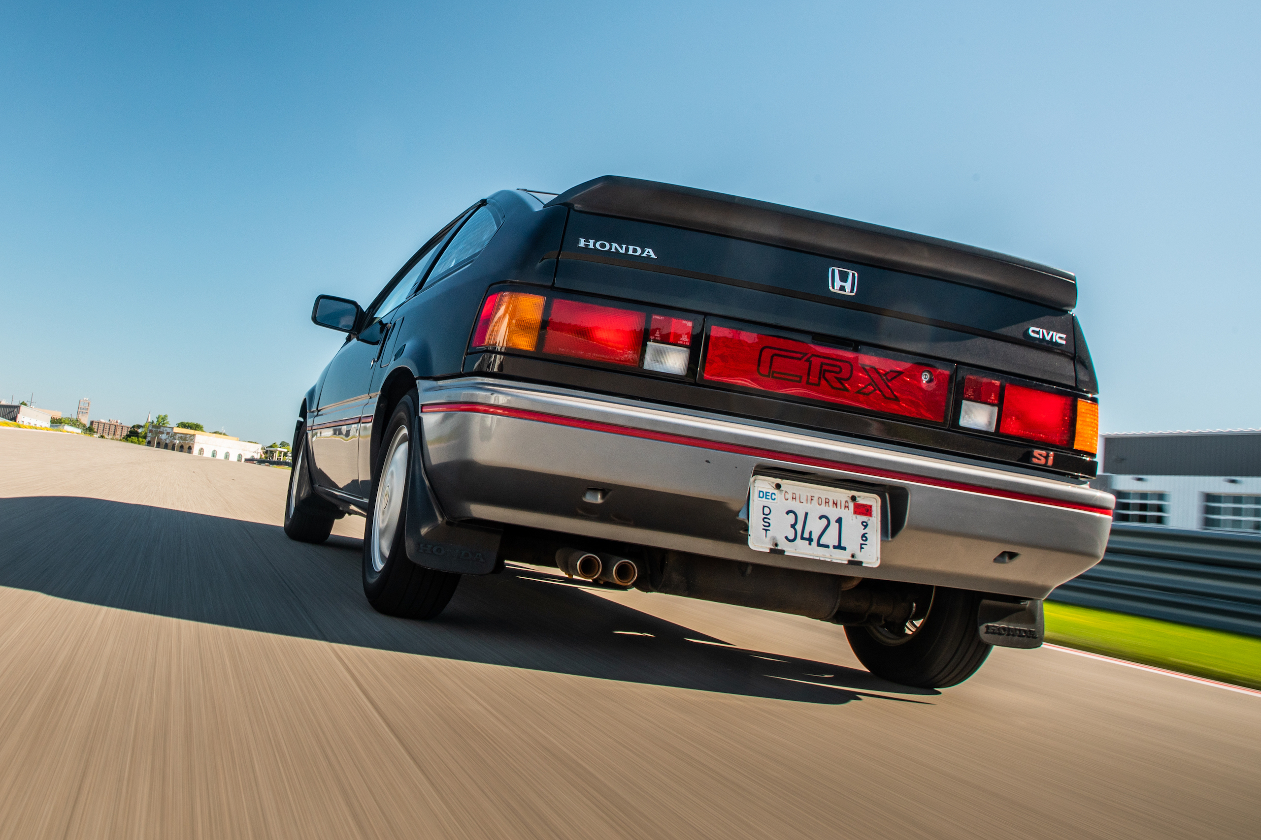 1985 CRX Si rear track action close