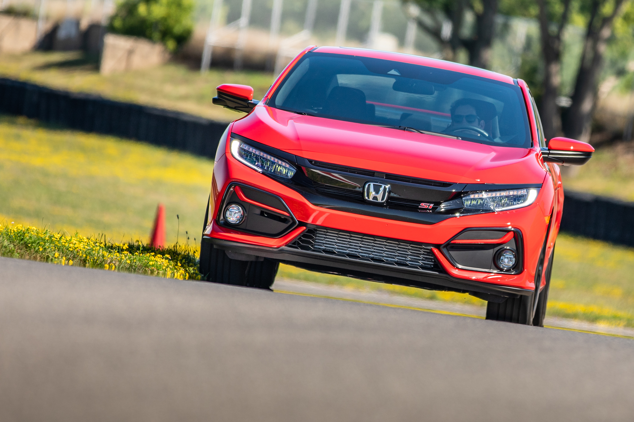 2020 Civic Si front track action