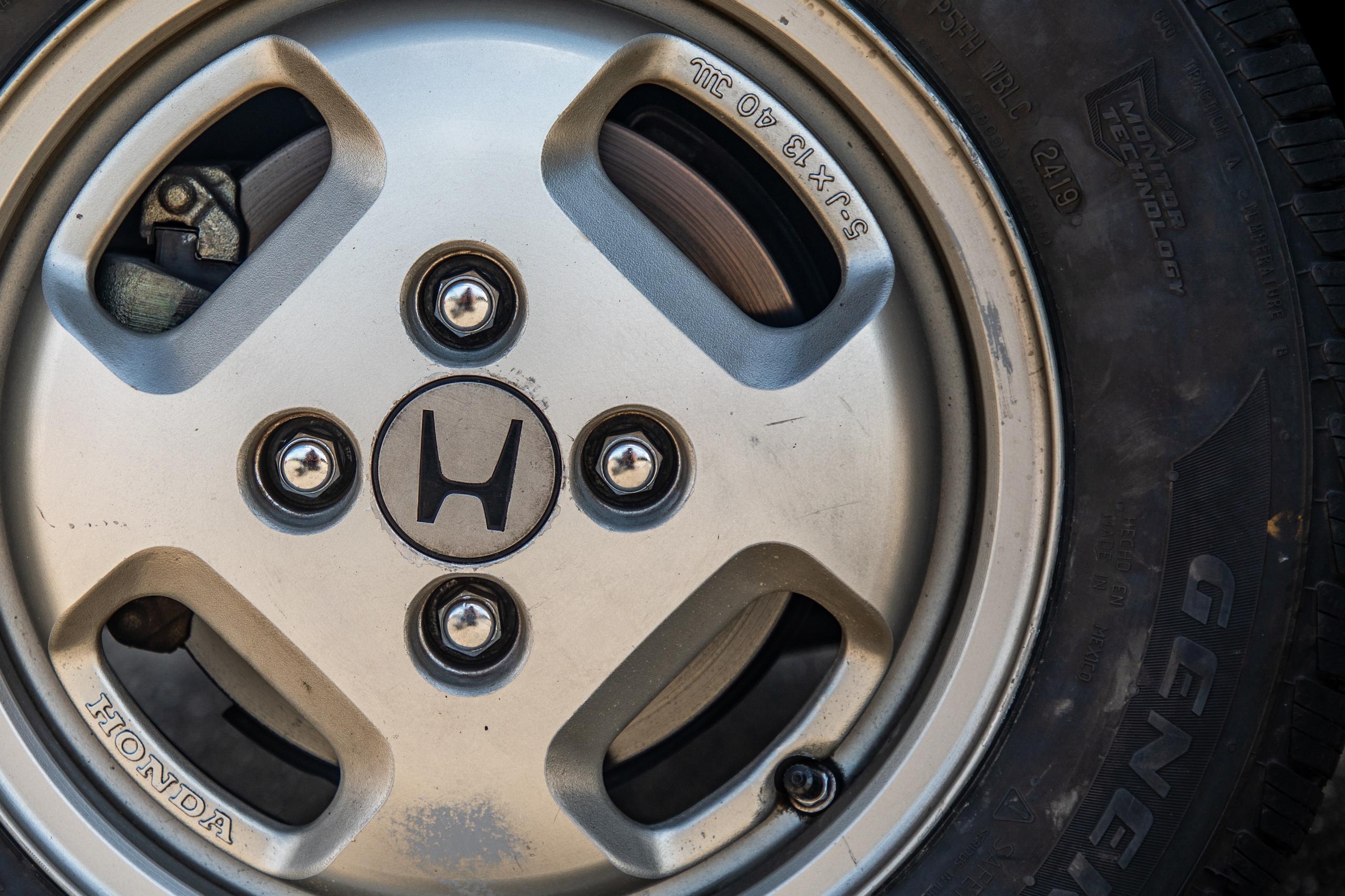1985 CRX Si wheel