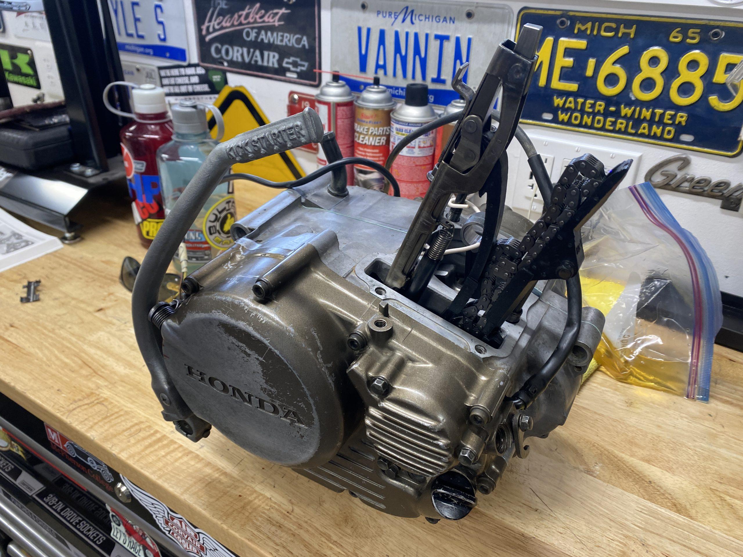 Assembled XR250R bottom end