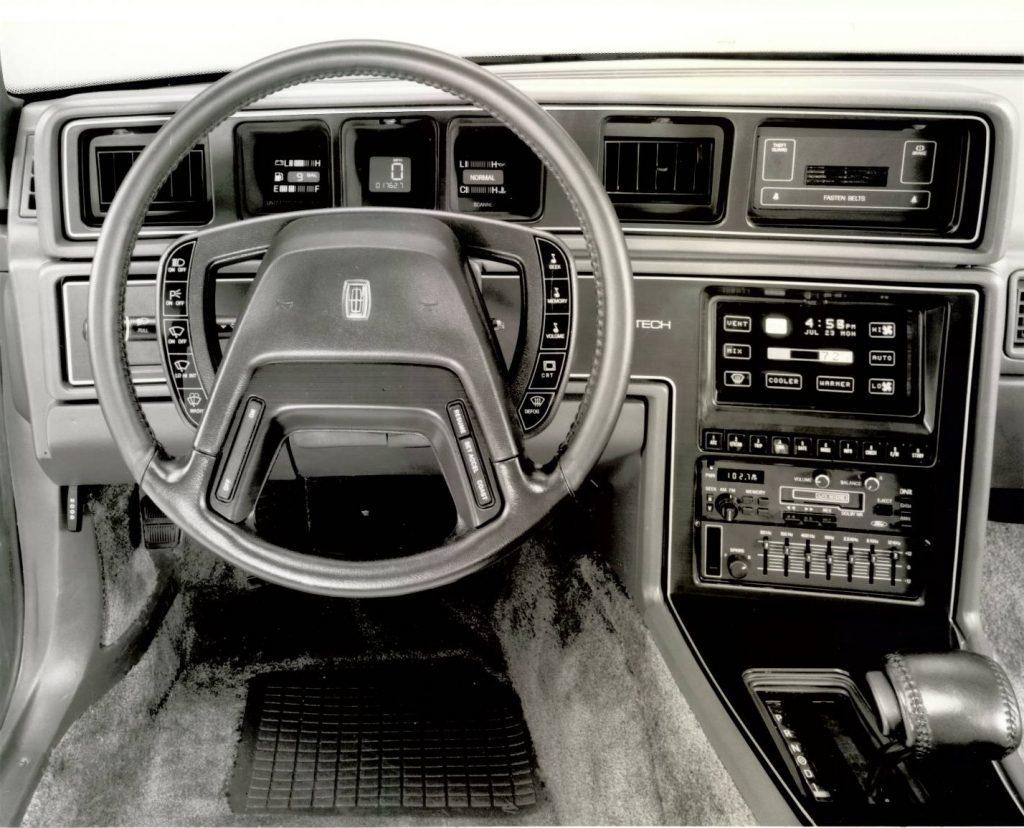 1985 Lincoln Mark VII Comtech