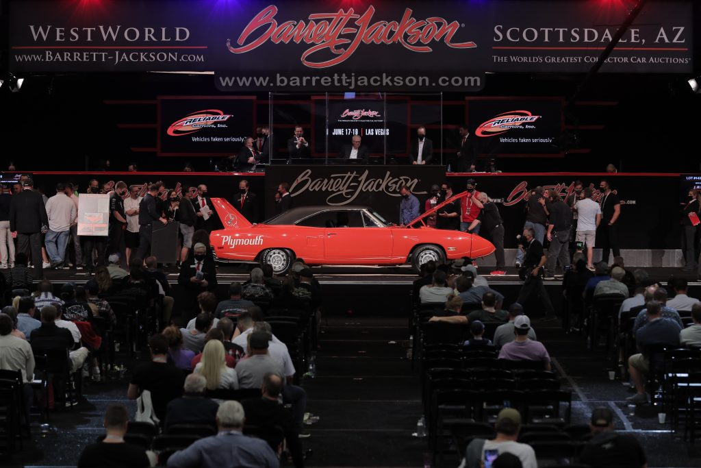 1970 Plymouth Superbird side profile crosses stage