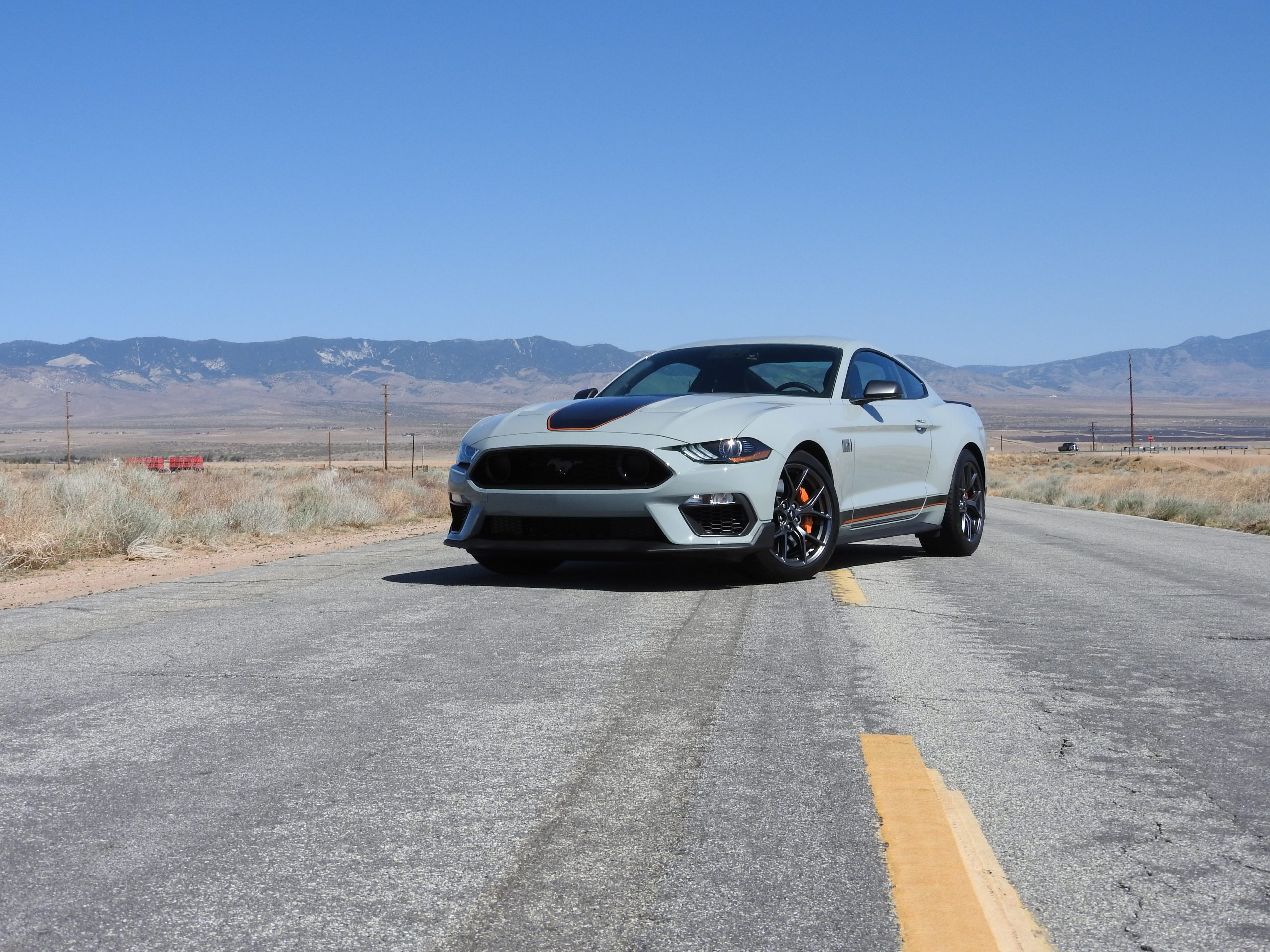 New Mustang Mach 1 front three-quarter