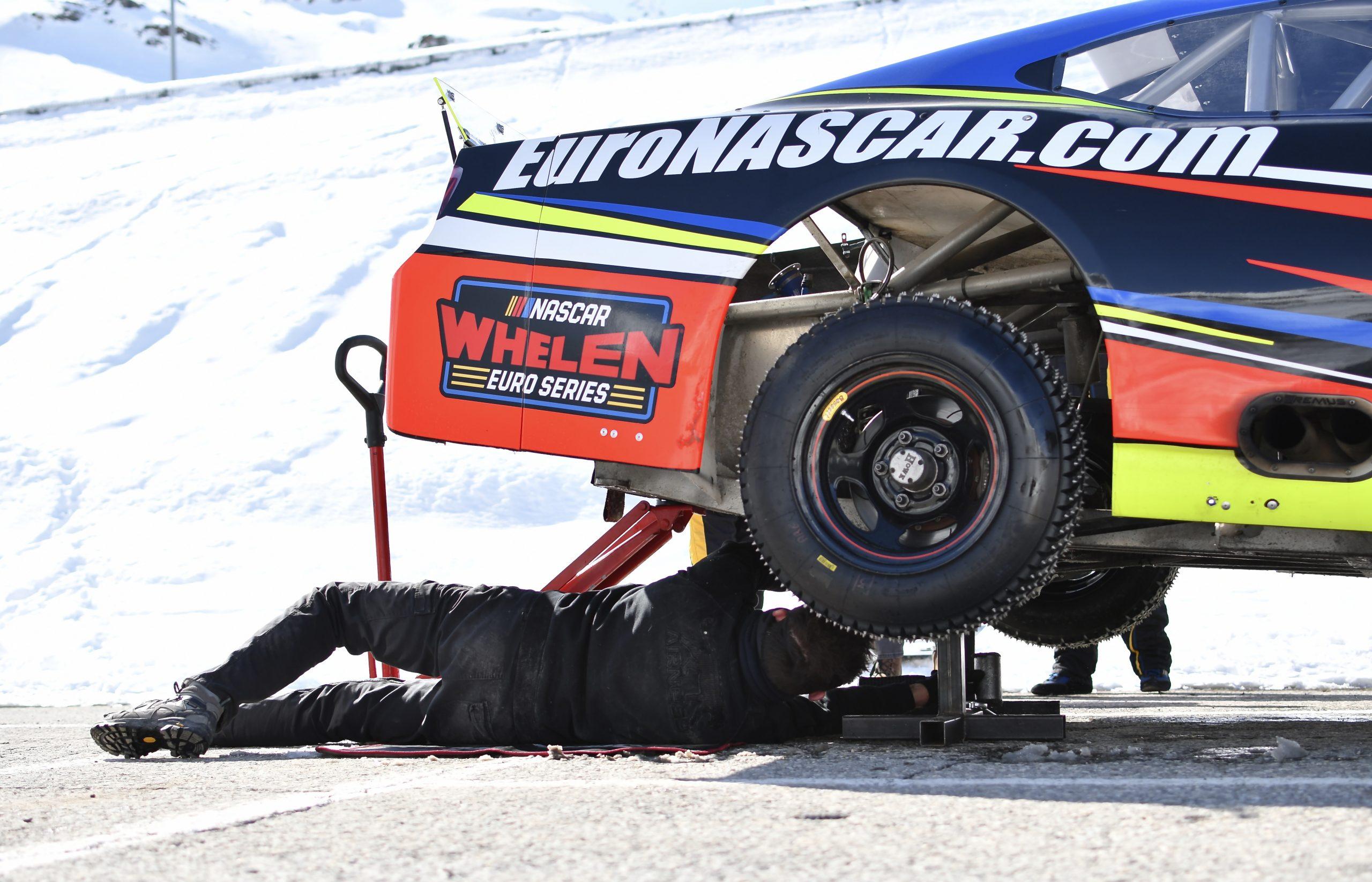 NASCAR on ice rear jack repair