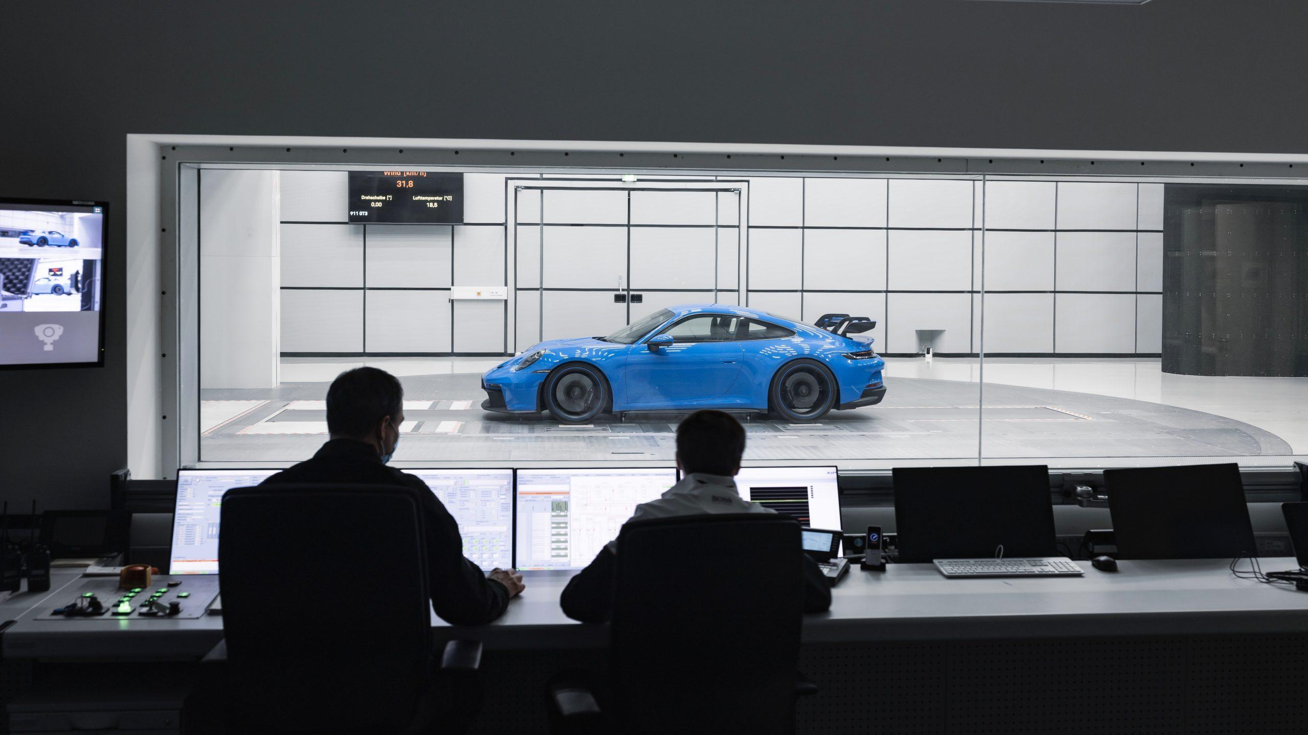 Porsche 911 GT3 2022 wind tunnel