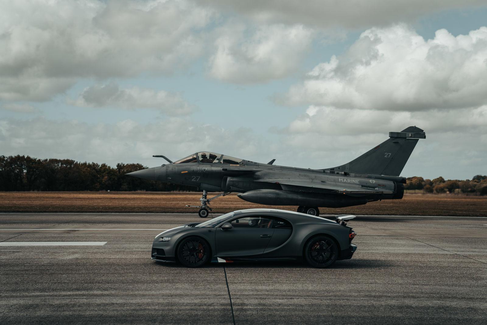 Bugatti_chiron-sport-ldc-rafale-marine 3