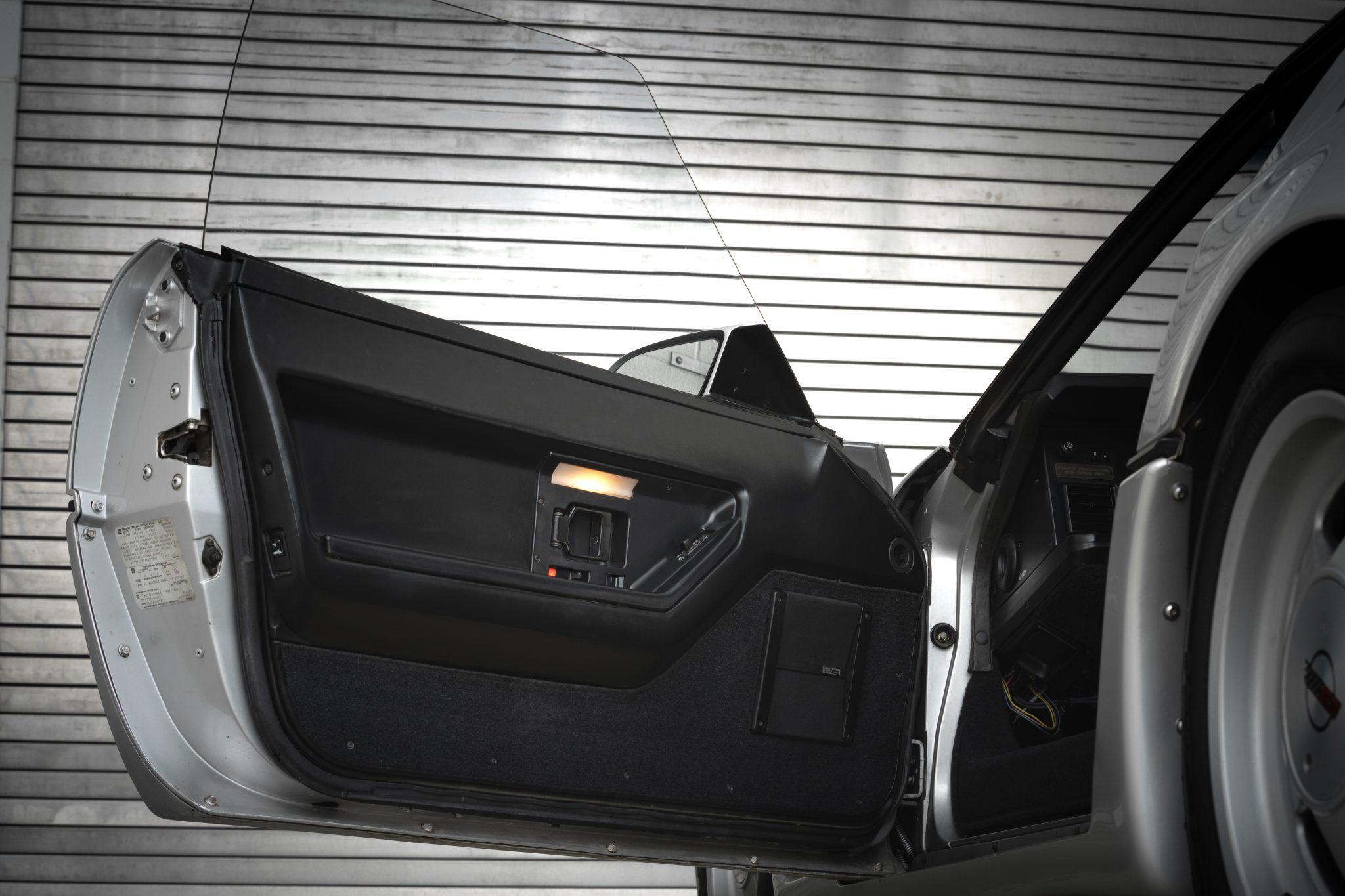 1988 Chevrolet Corvette Callaway SledgeHammer BaT front door