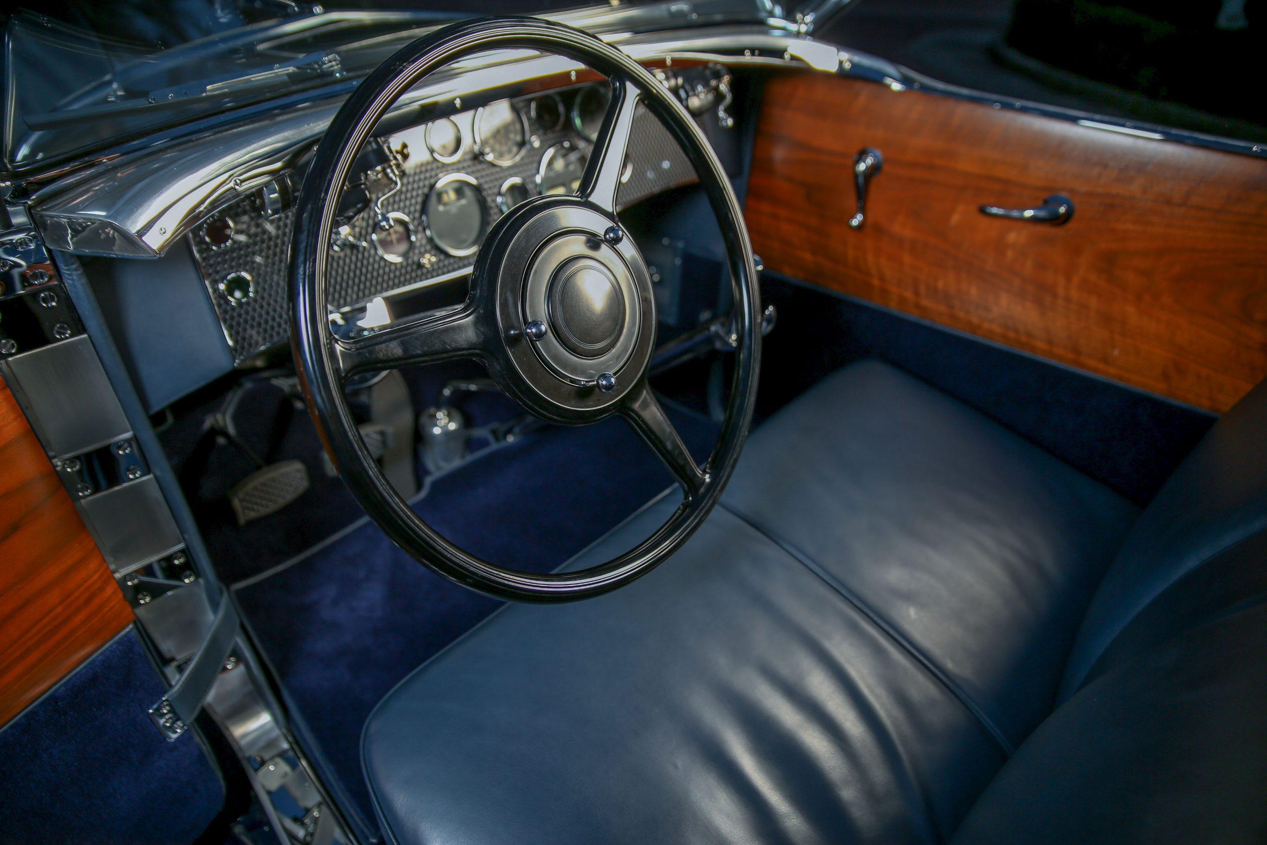 1929 Duesenberg Model J interior