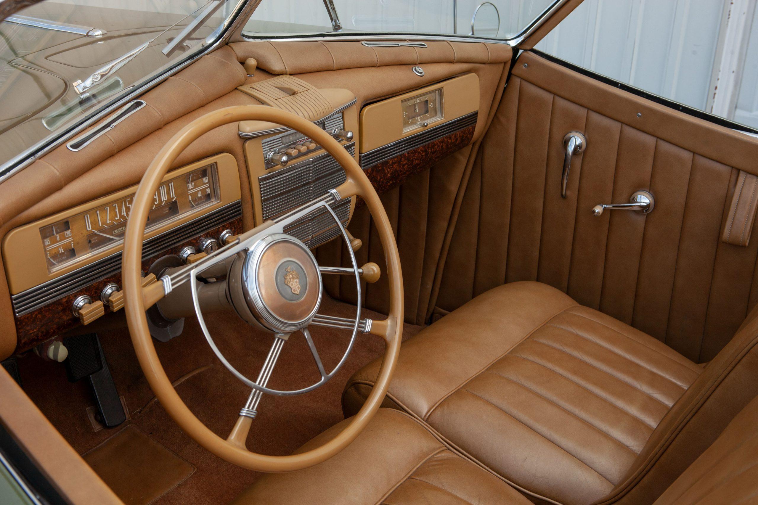 1941-Packard-Darrin-One-Eighty Convertible Victoria