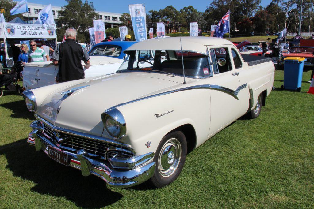 1957_Mainline_V8_ute_(Australia)