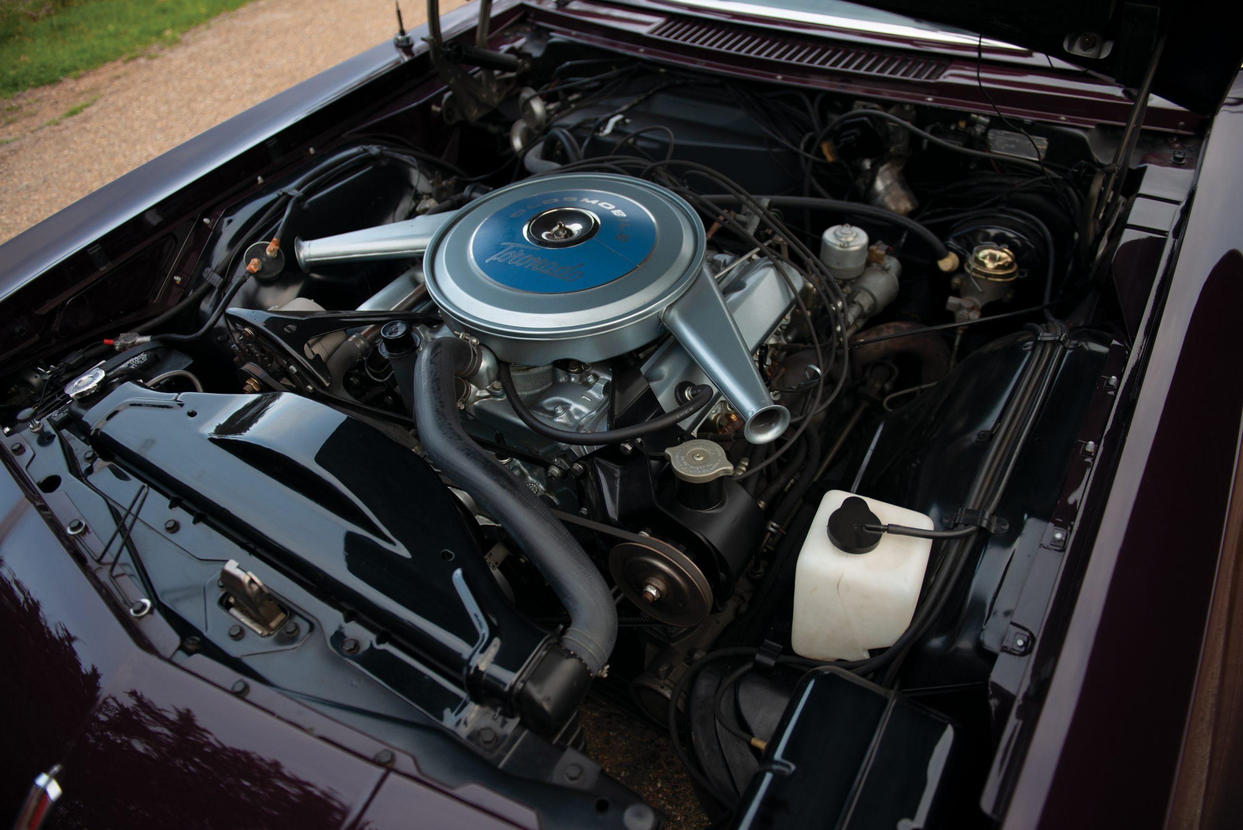 Olds Toronado engine bay