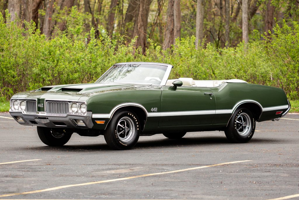 Olds 442 Convertible front three-quarter