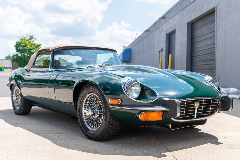 1973 Jaguar xke front three-quarter
