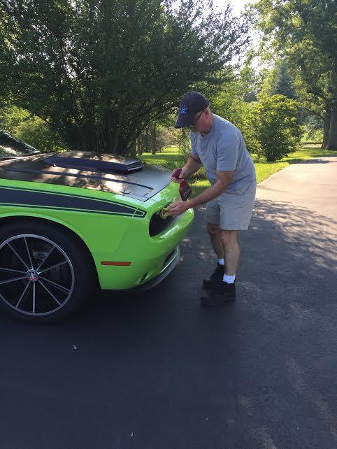 2015 Dodge Challenger reader