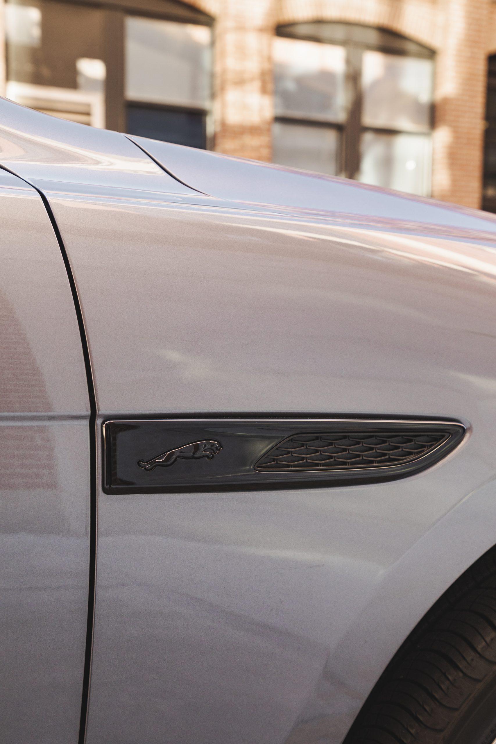 2021 Jaguar F-PACE S P340 front fender blade