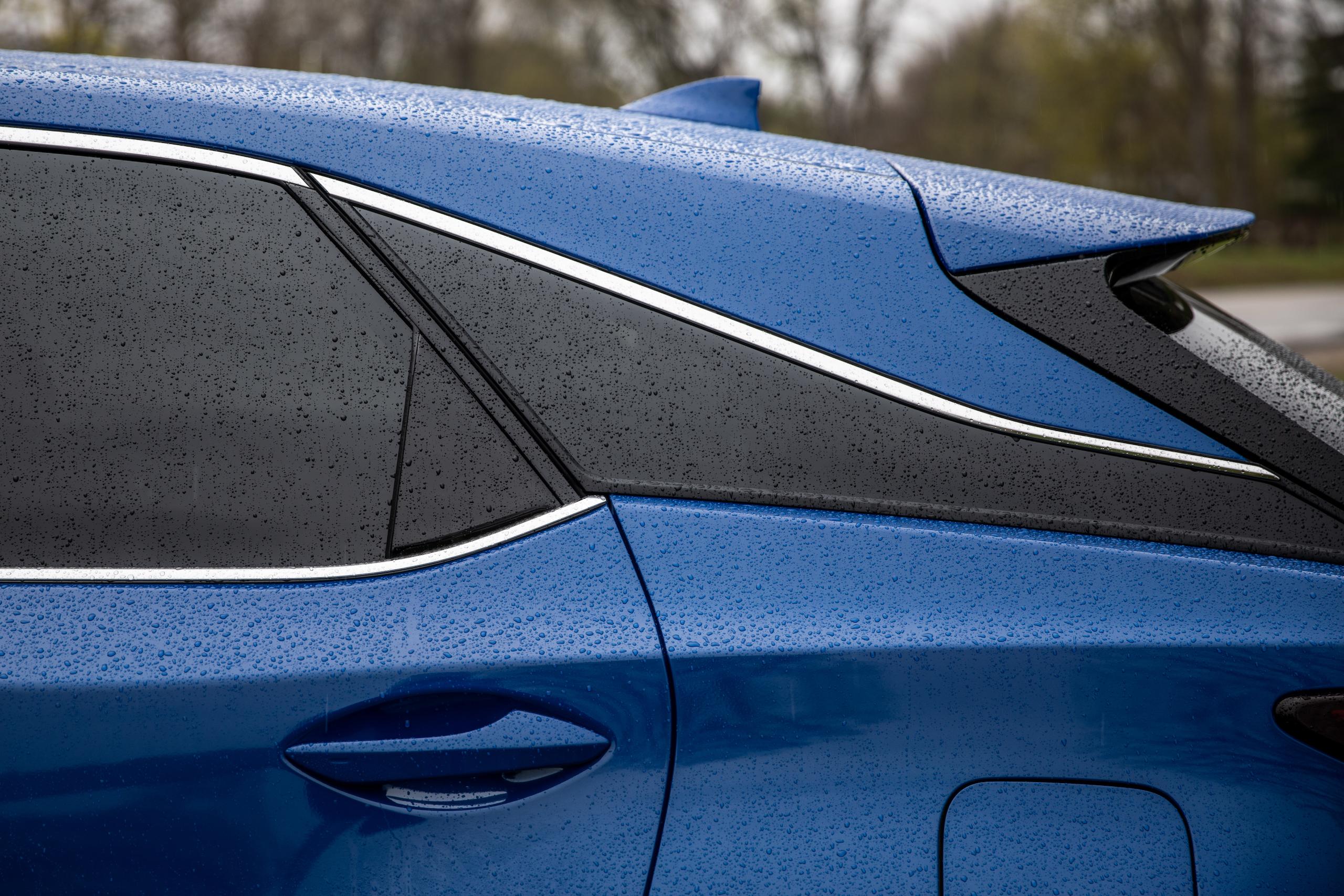 2021 Lexus RX450h rear quarter panel roofline styling