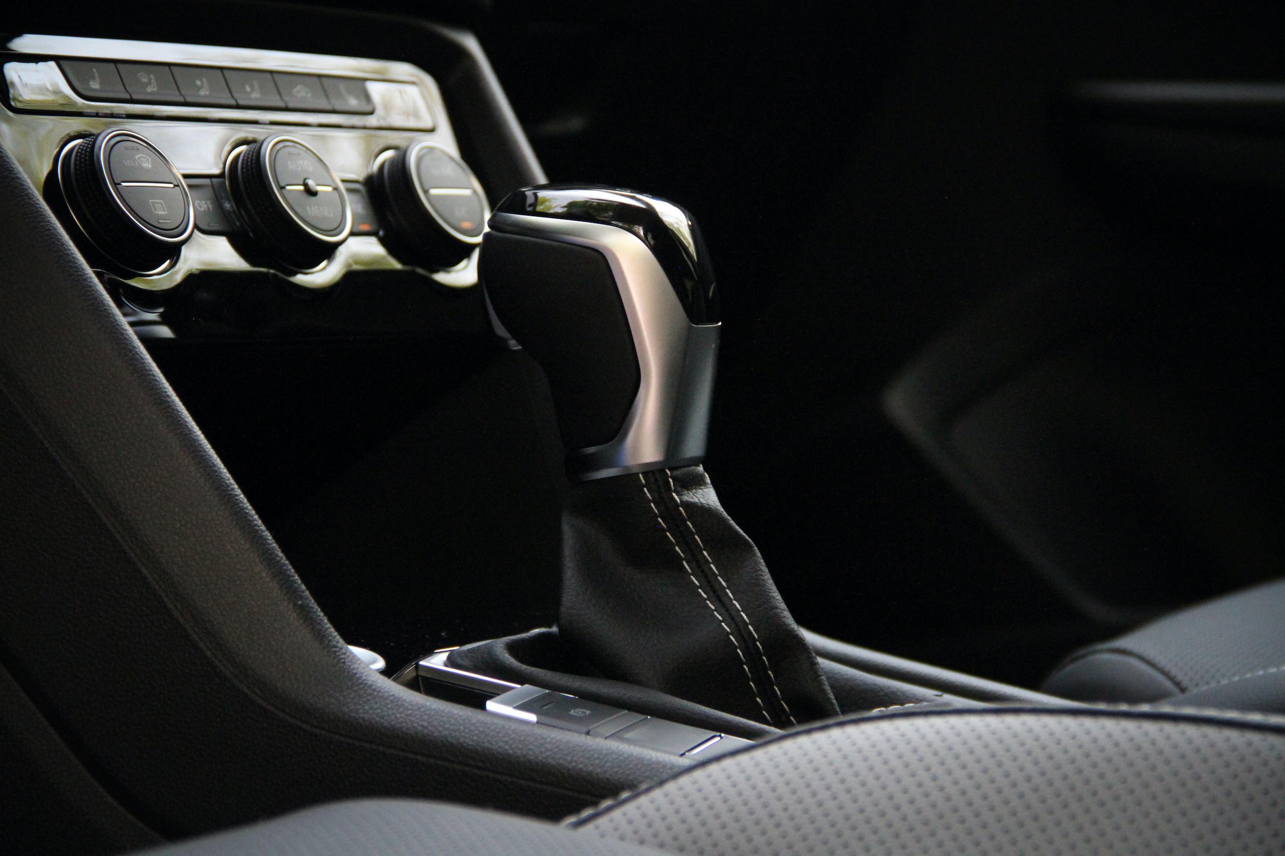 2022 Volkswagen Taos SEL interior shifter