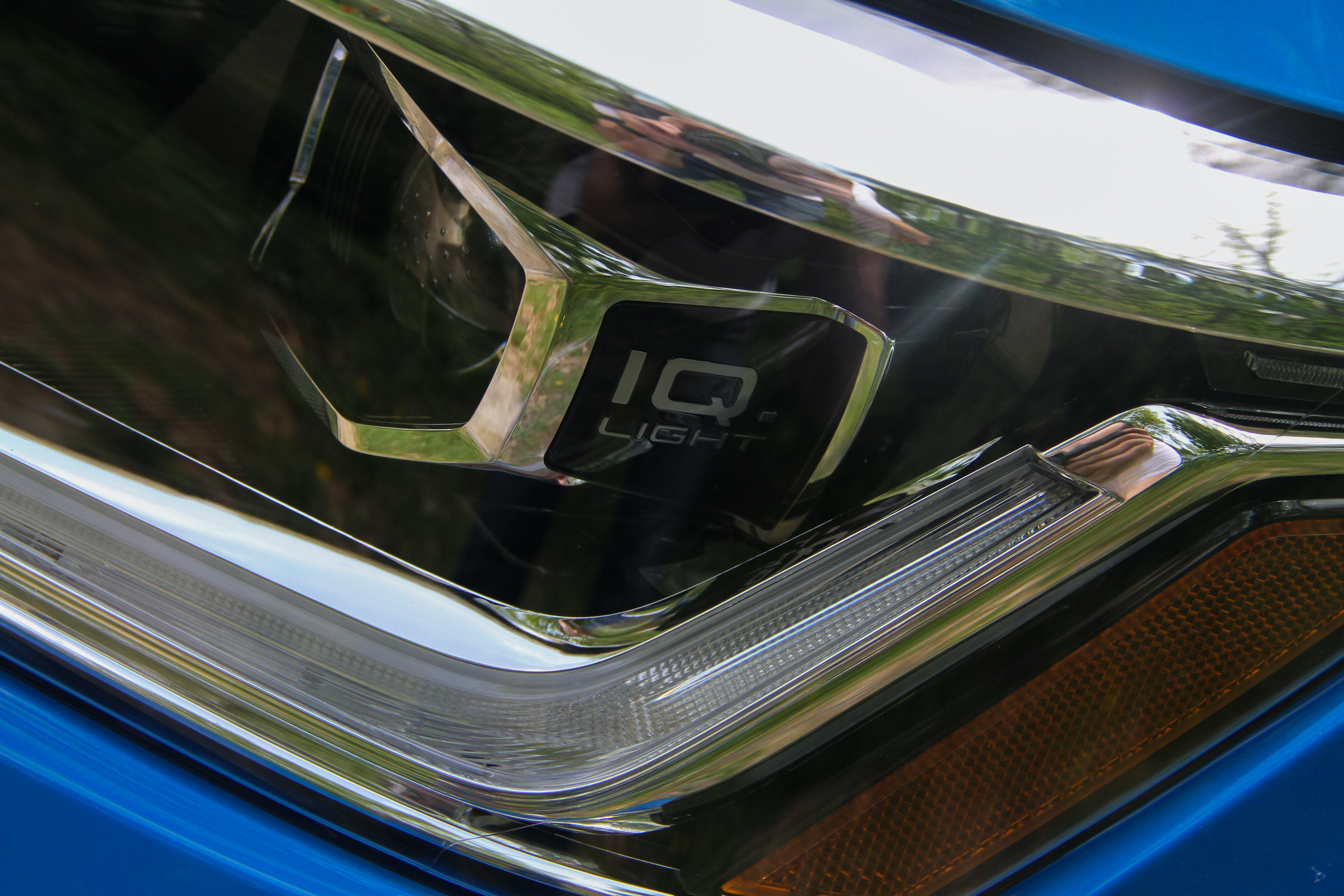 2022 Volkswagen Taos SEL headlight IQ detail