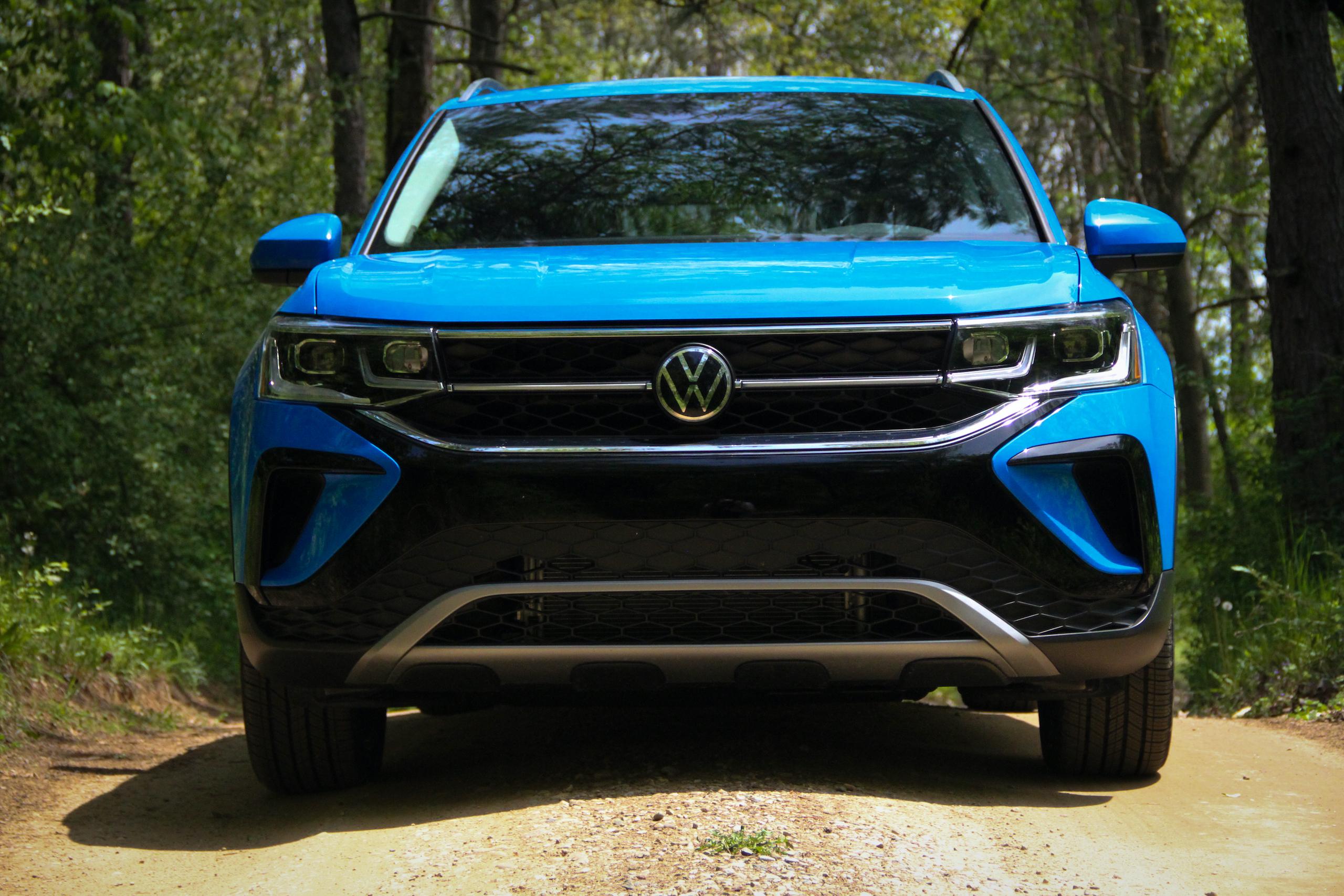 2022 Volkswagen Taos SEL front