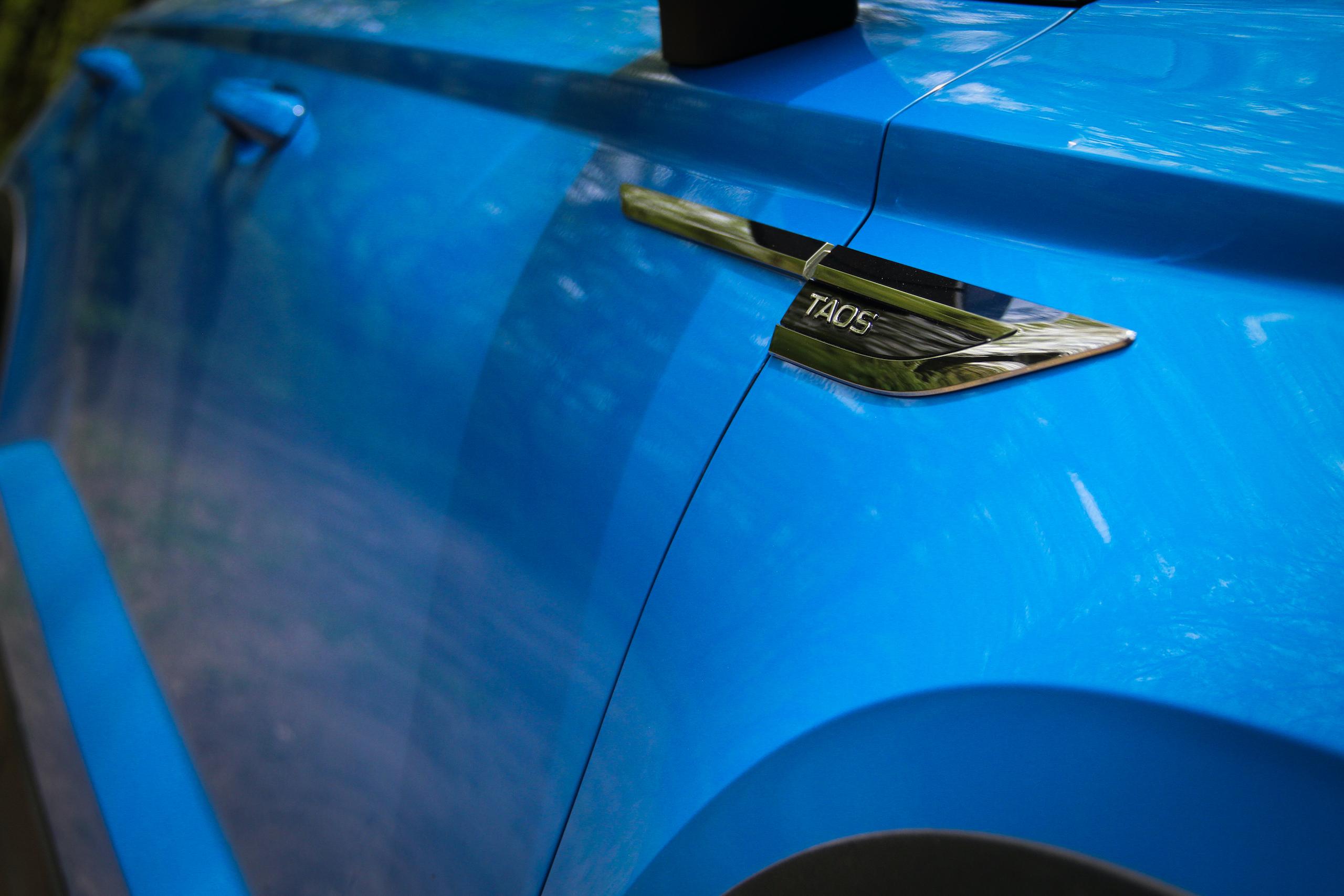 2022 Volkswagen Taos SEL taos quarter panel badge