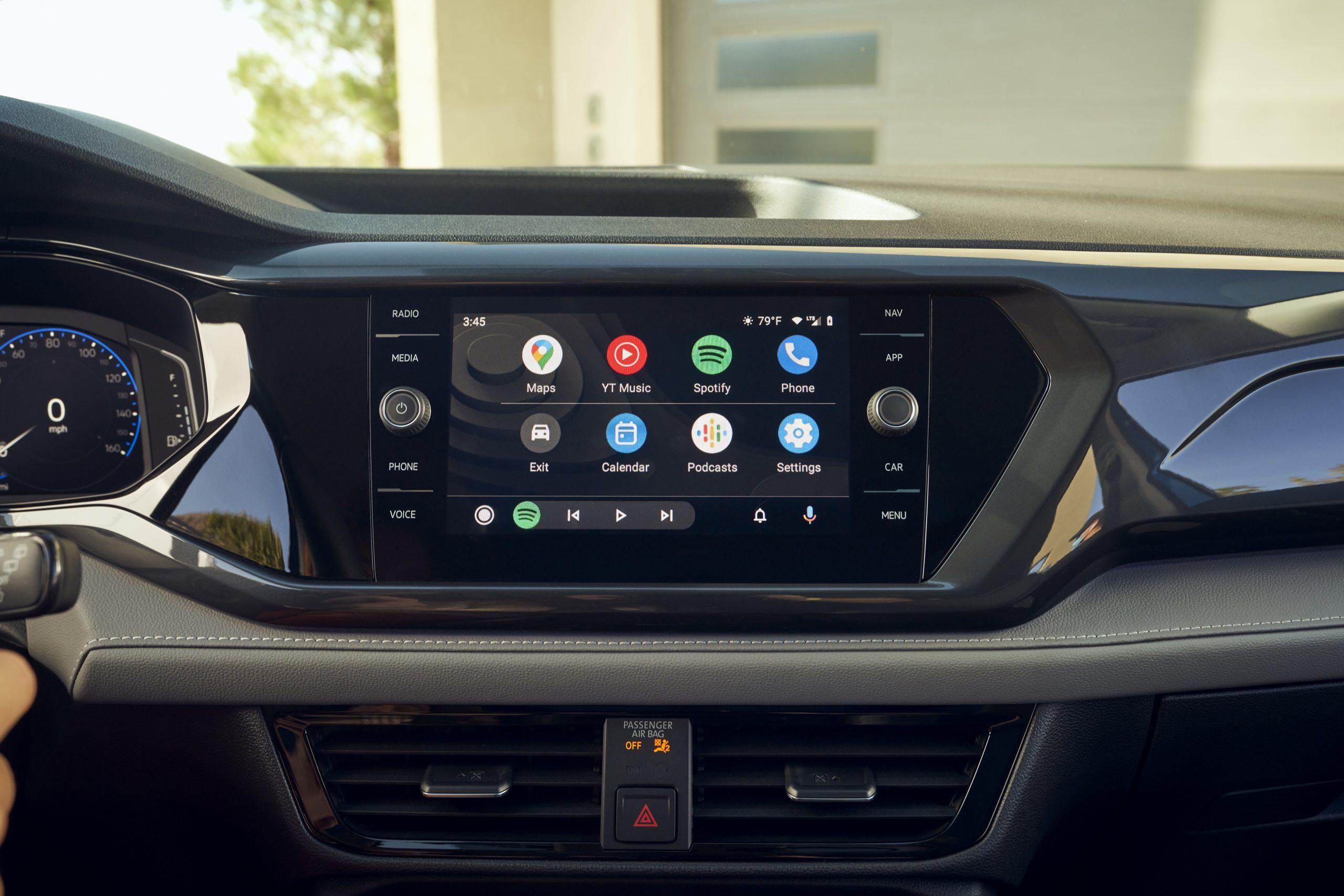 2022 Volkswagen Taos interior infotainment screen