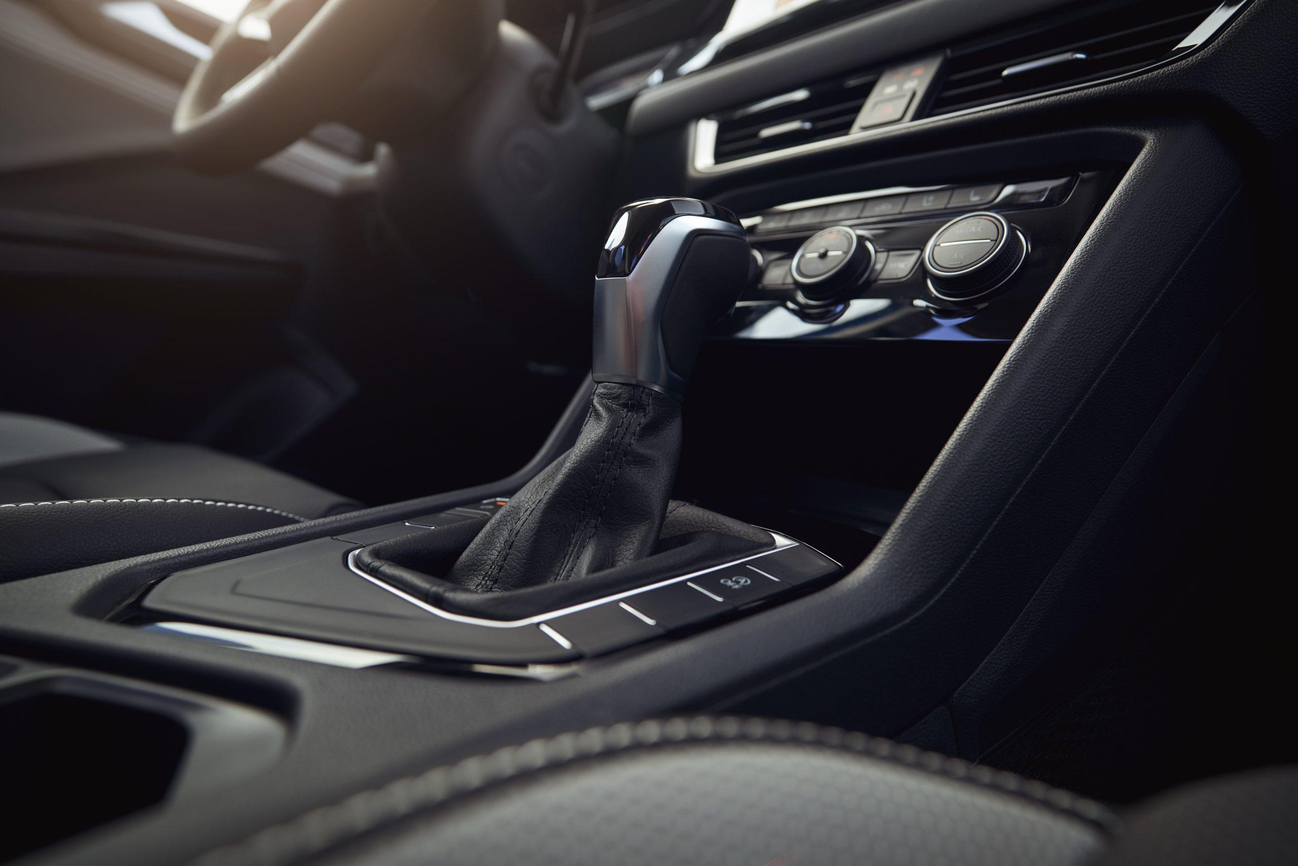 2022 Volkswagen Taos interior center console shifter