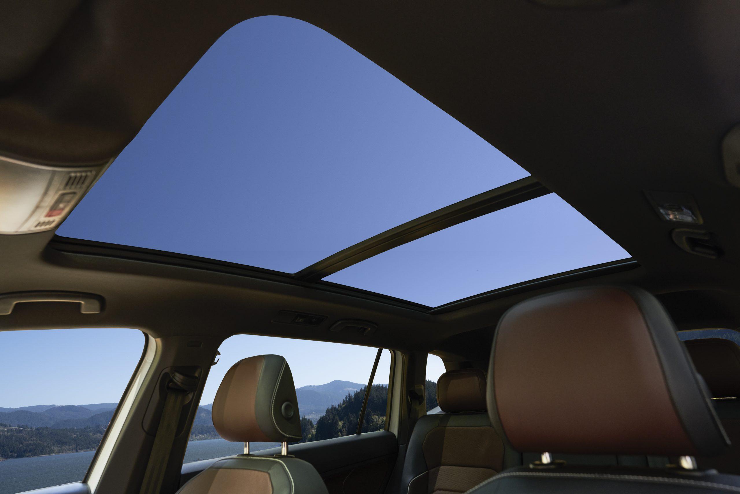 2022 VW Tiguan facelift sunroof