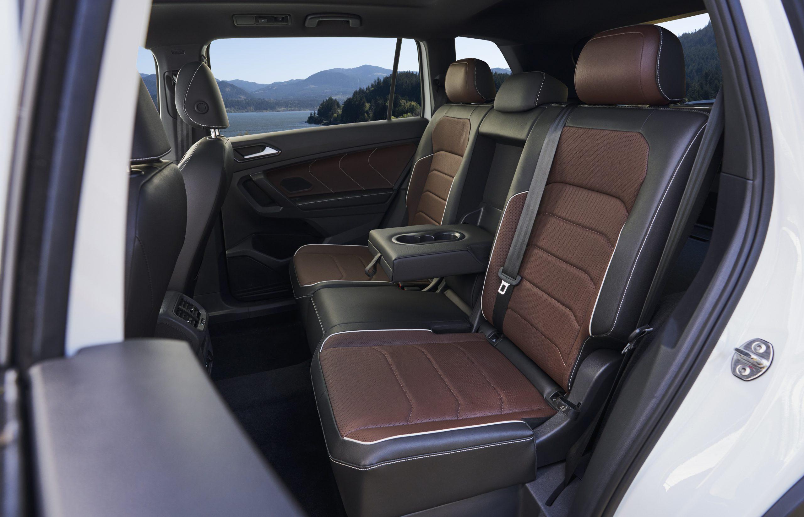 2022 VW Tiguan facelift interior rear seat leather