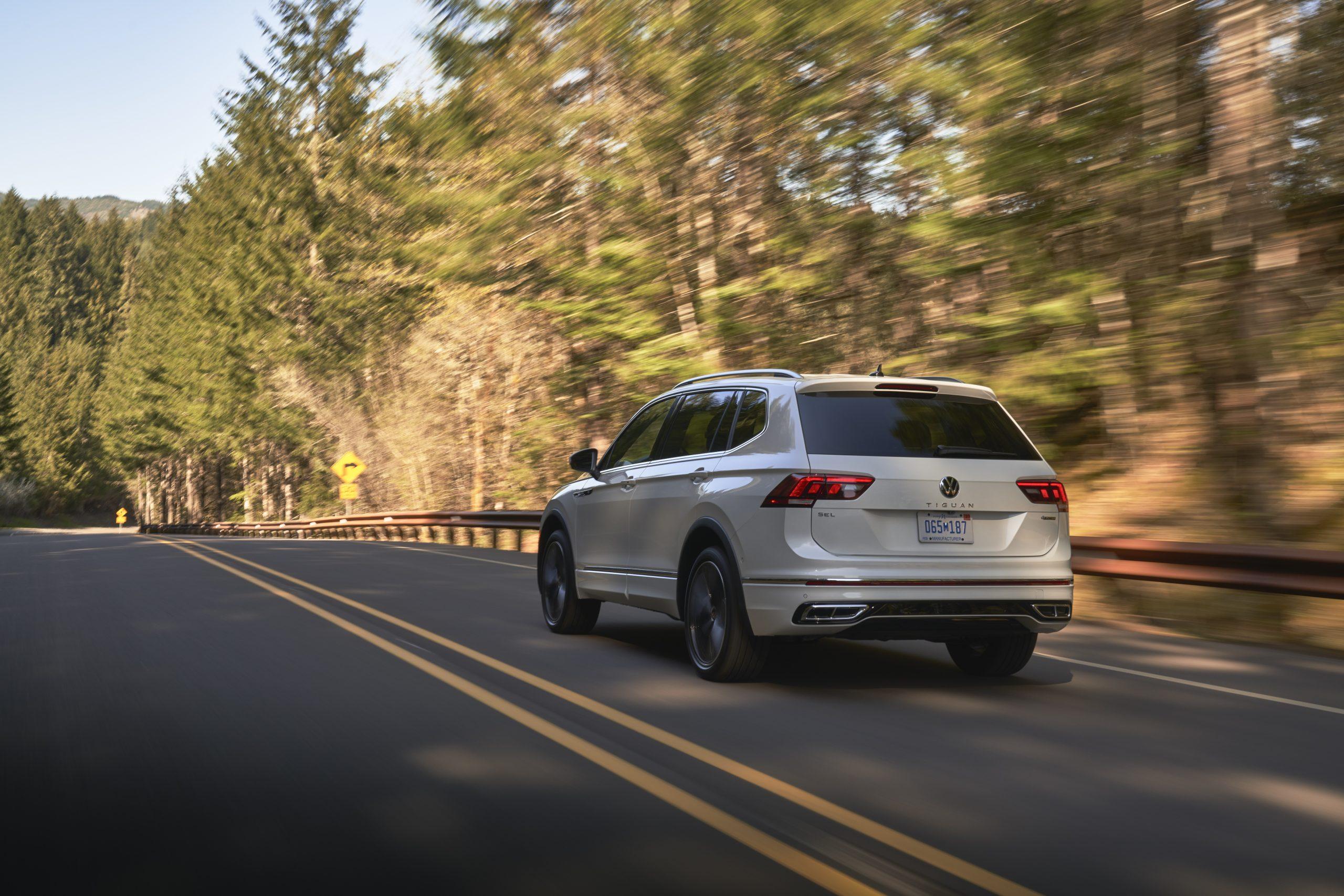 2022 VW Tiguan facelift rolling outside