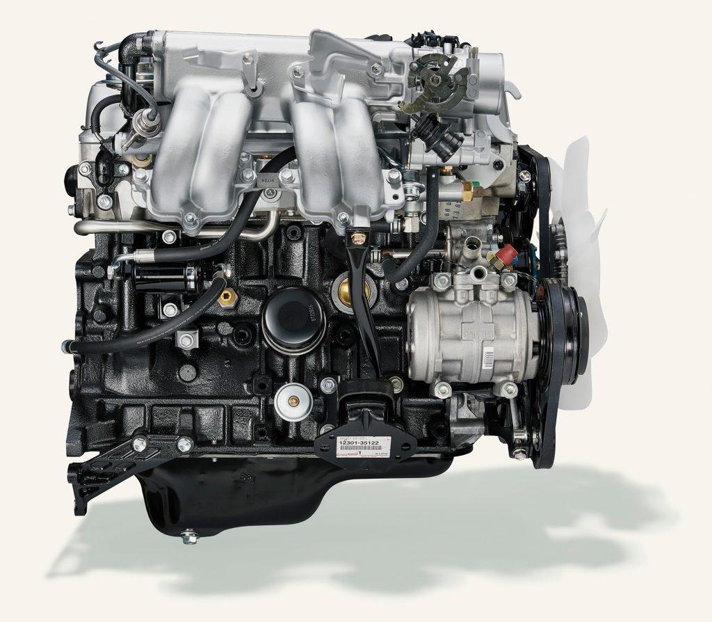 toyota 22R E engine side profile