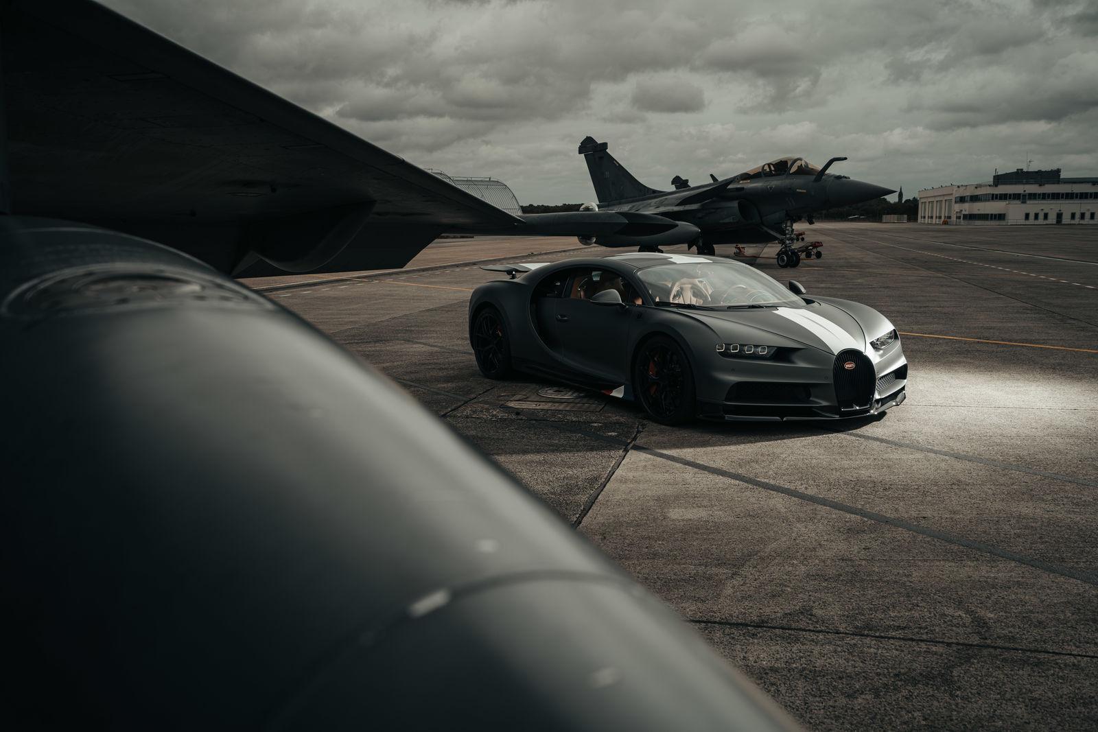 Bugatti_chiron-sport-ldc-rafale-marine 4