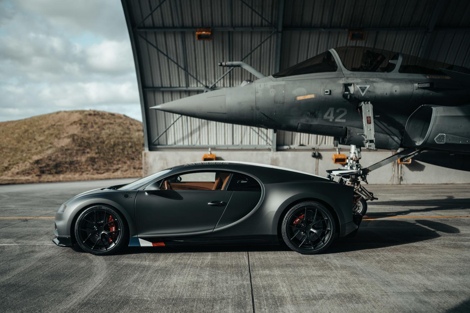 Bugatti_chiron-sport-ldc-rafale-marine 6