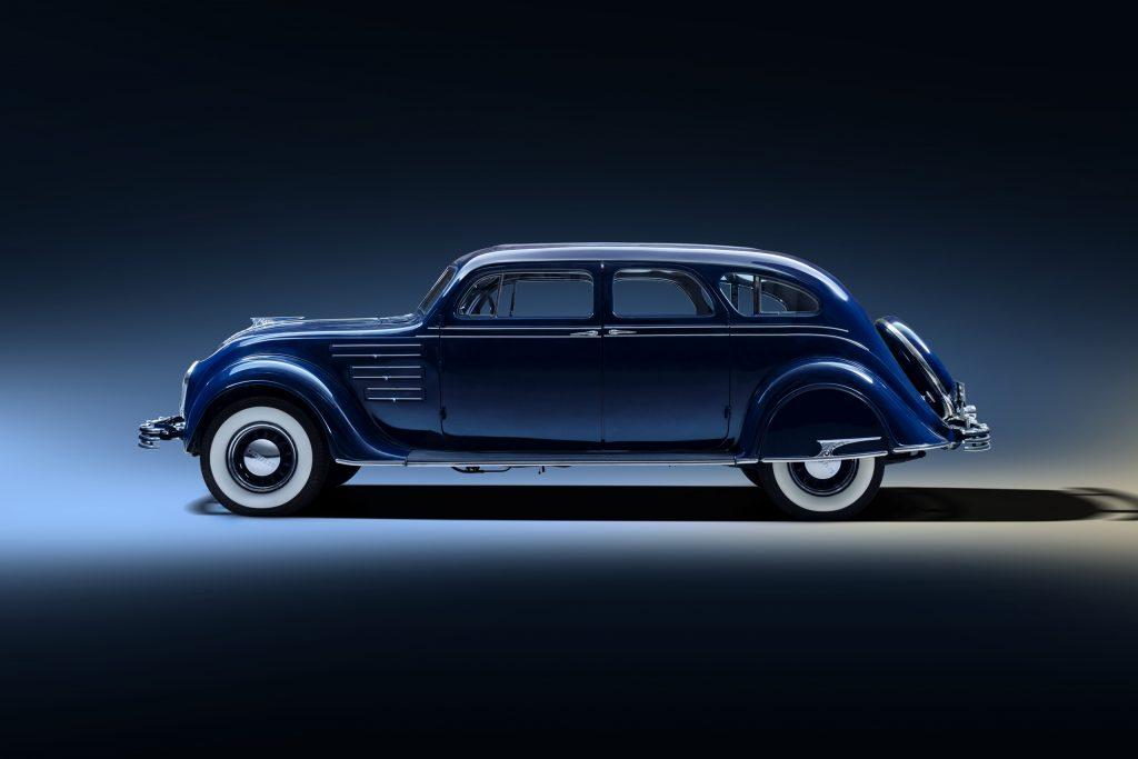 Chrysler Airflow side profile