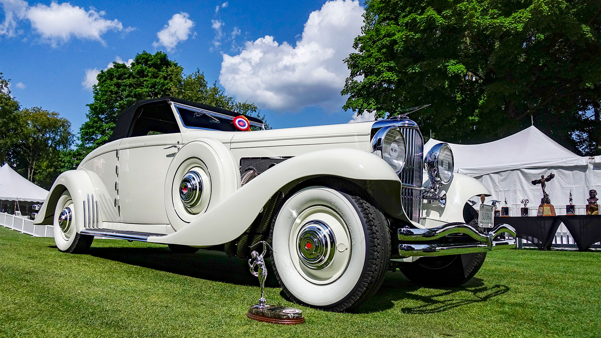 White Duesenberg at 2018 Concours of America