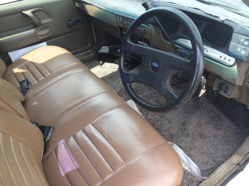 1988-XF-Falcon right hand drive interior