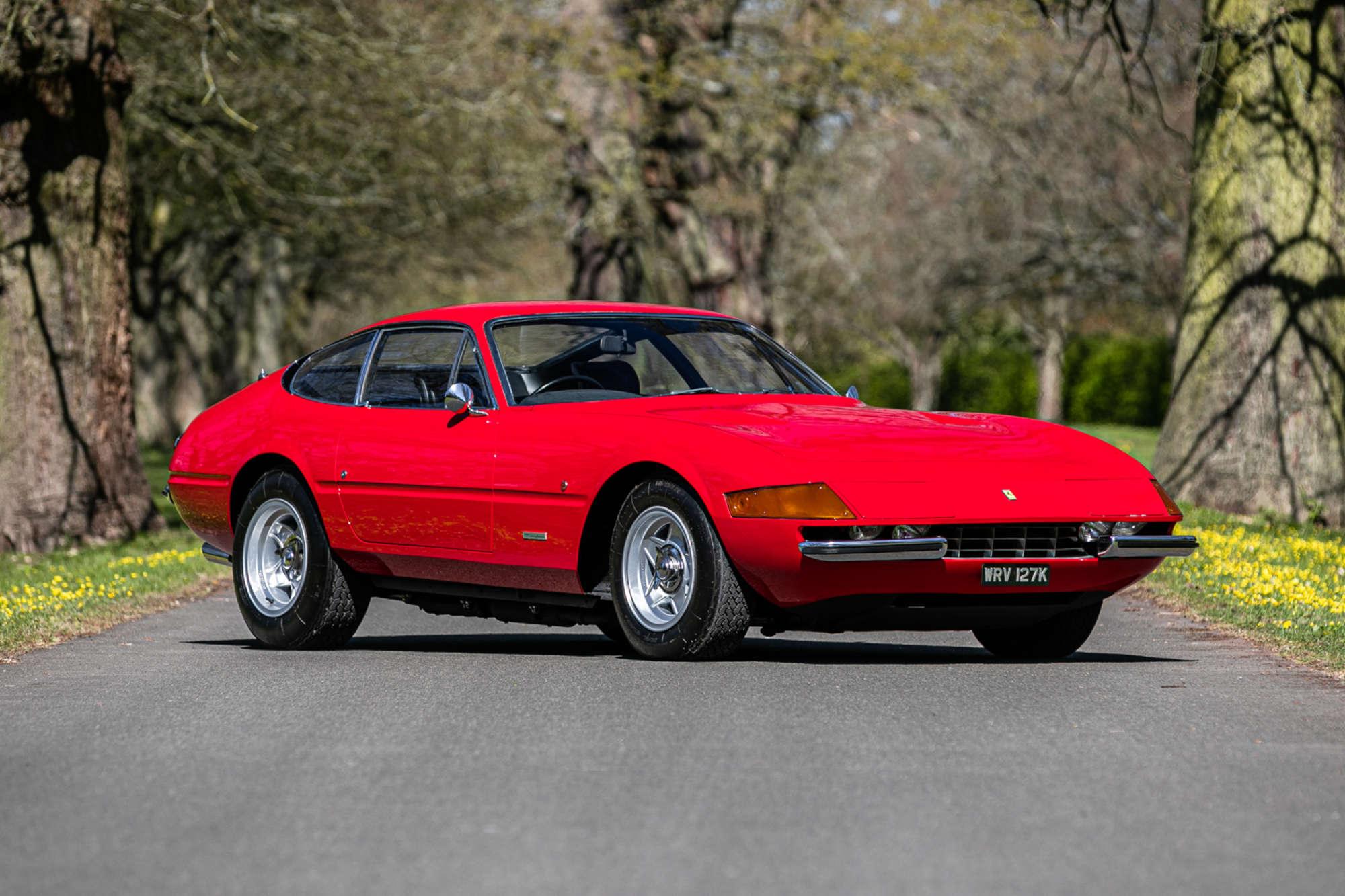 Ferrari-365-GTB4-Daytona