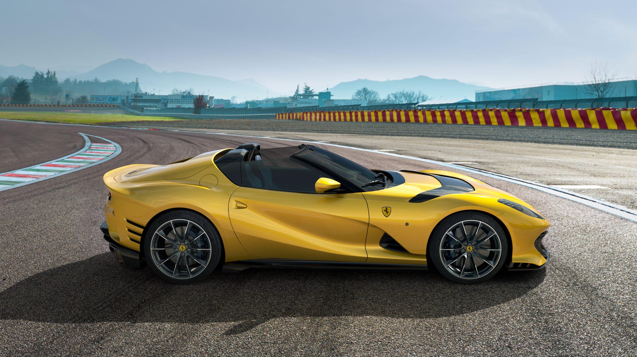 Ferrari 812 Competizione side profile