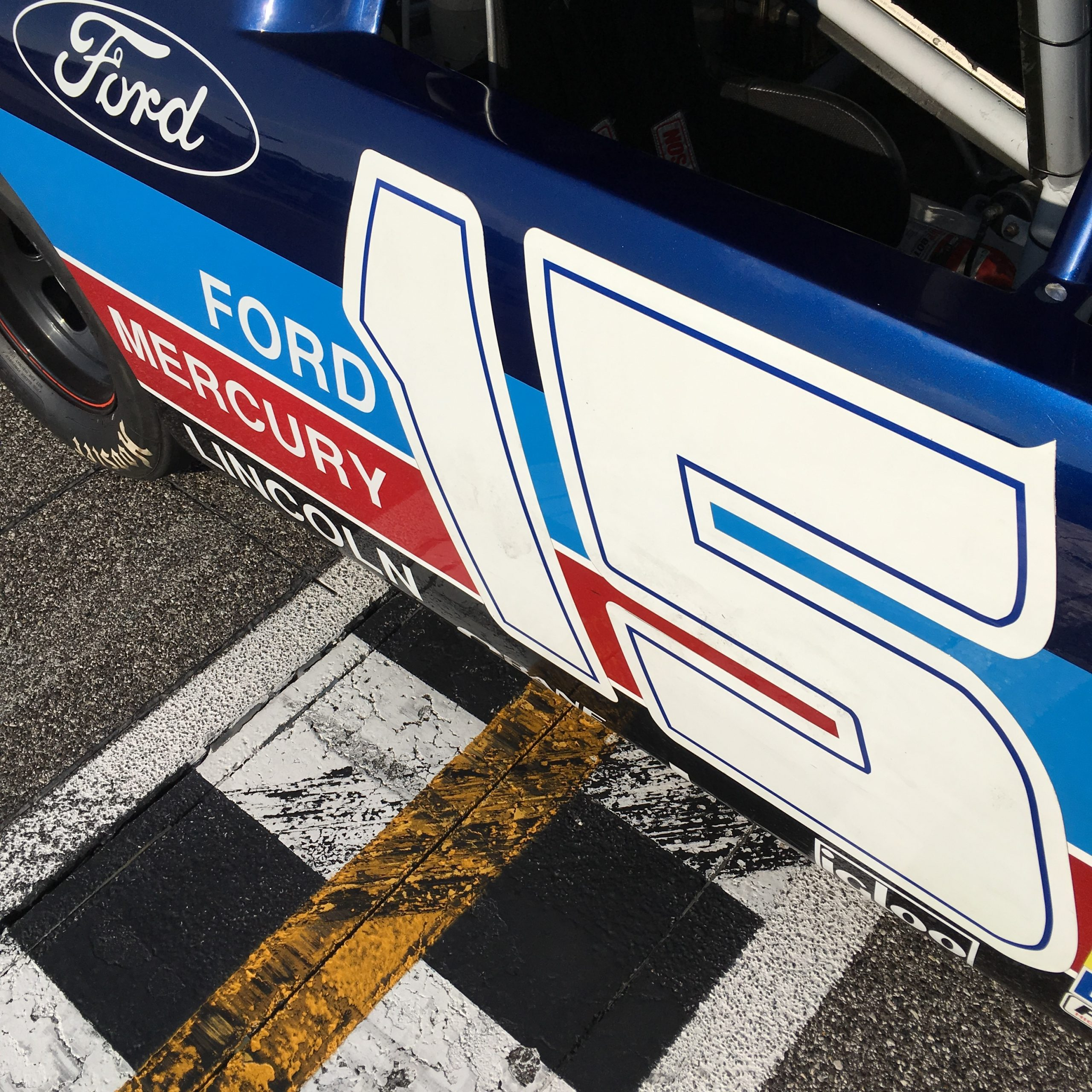 Ford 1993 Stock Car check line