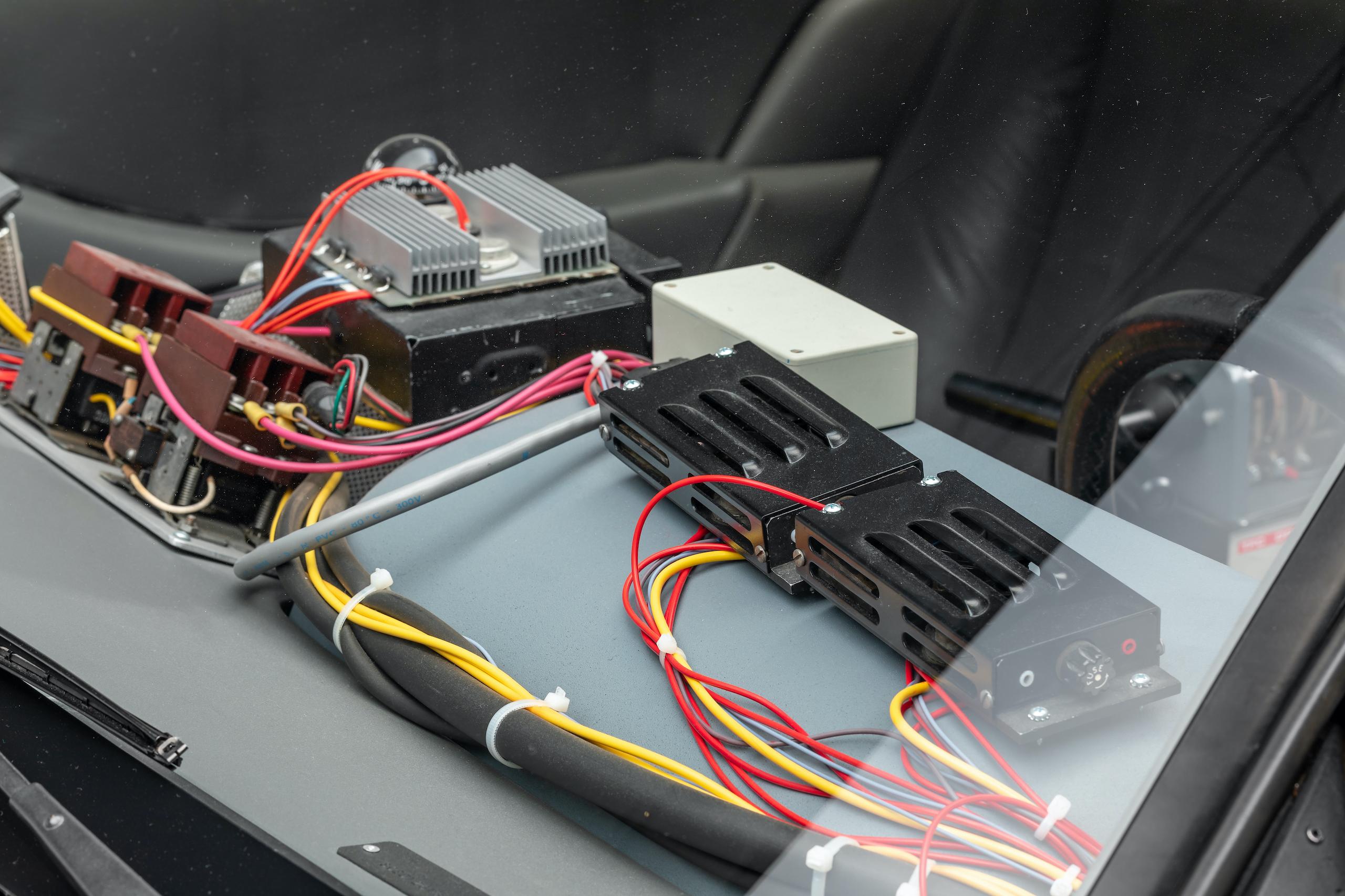 Back to Future DeLorean electrical