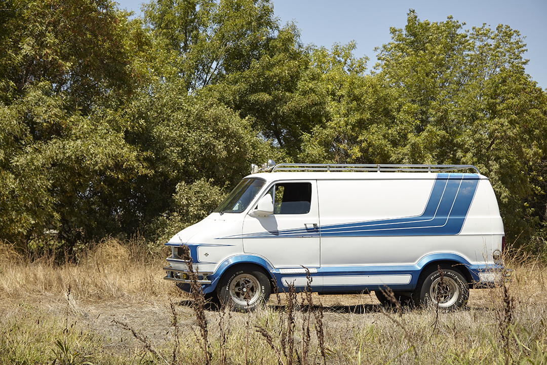 Deans Machine Van side profile