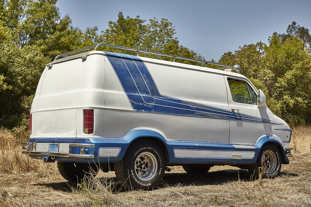 Deans Machine Van rear three-quarter