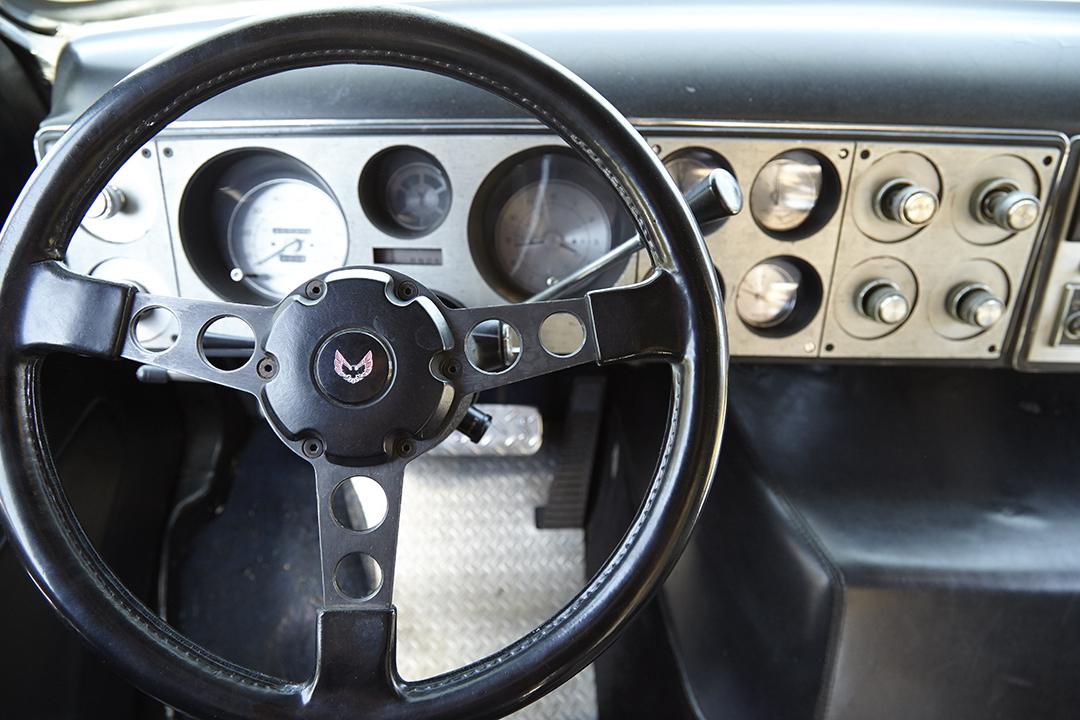 Deans Machine Van steering wheel