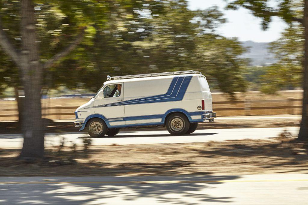 Deans Machine Van side profile action