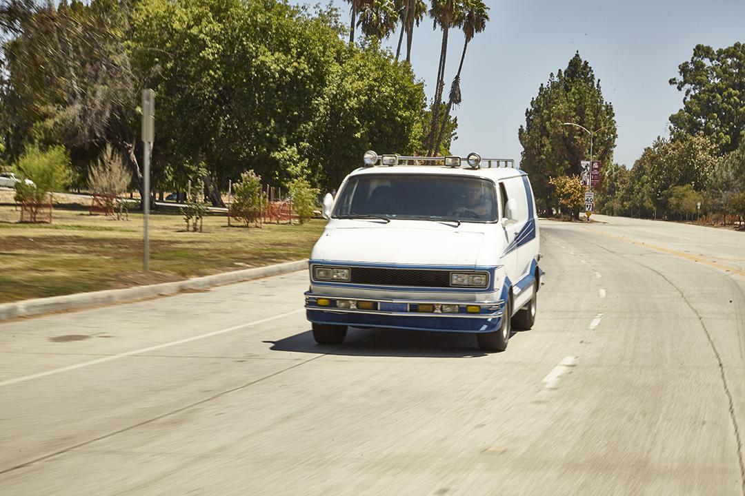 Deans Machine Van front action