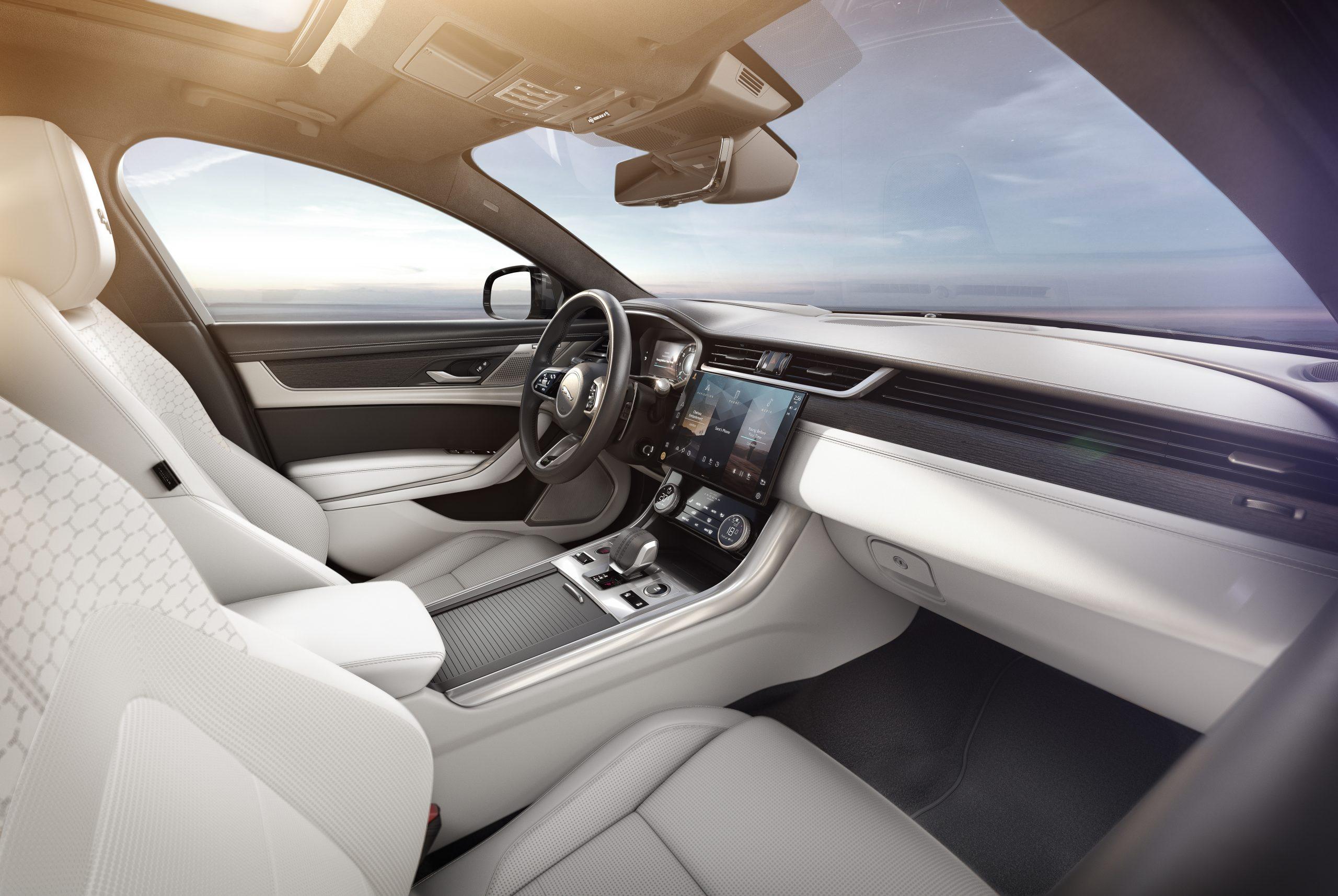 202021 Jaguar XF interior