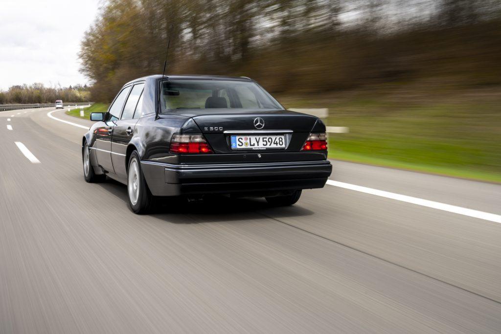 Mercedes-Benz 500 E highway rear three quarter