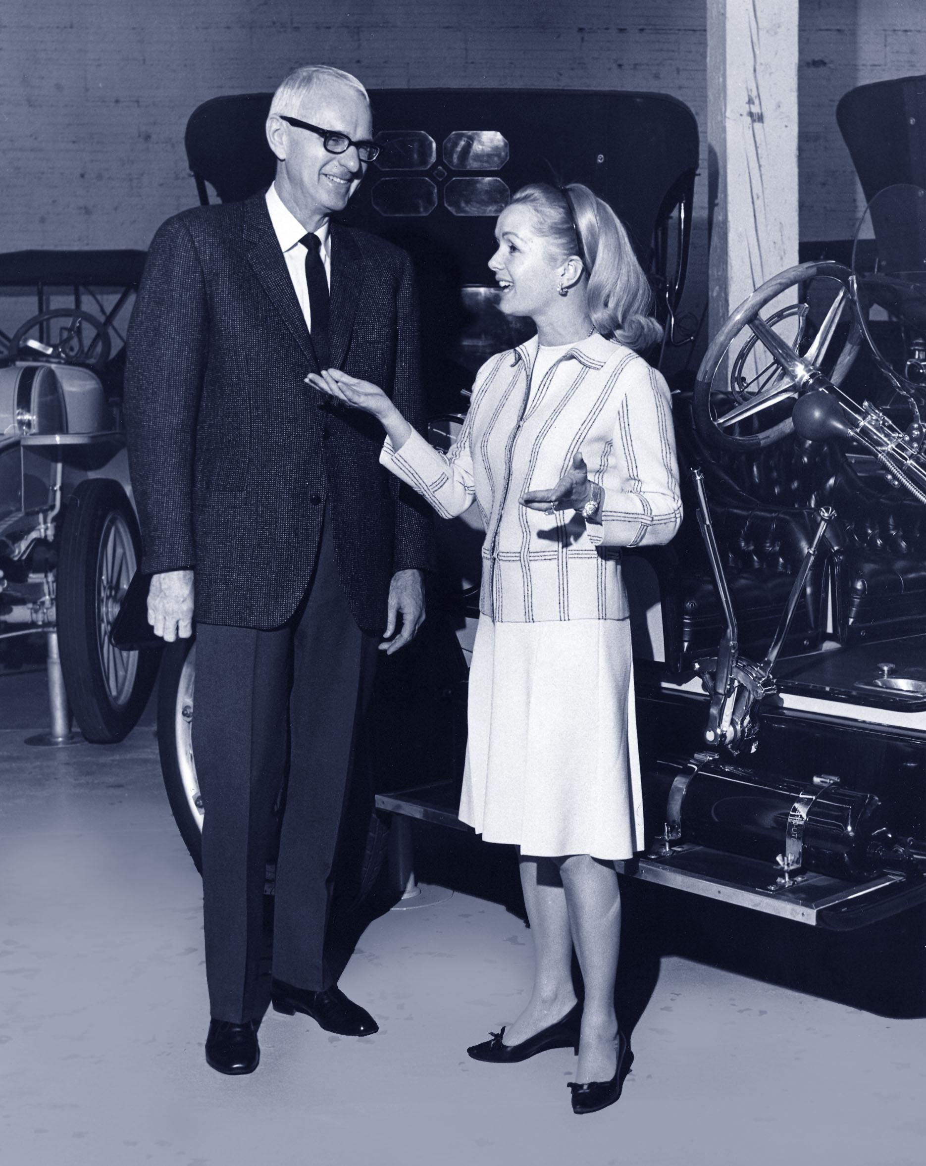 Star Debbie Reynolds and Bill Harrah