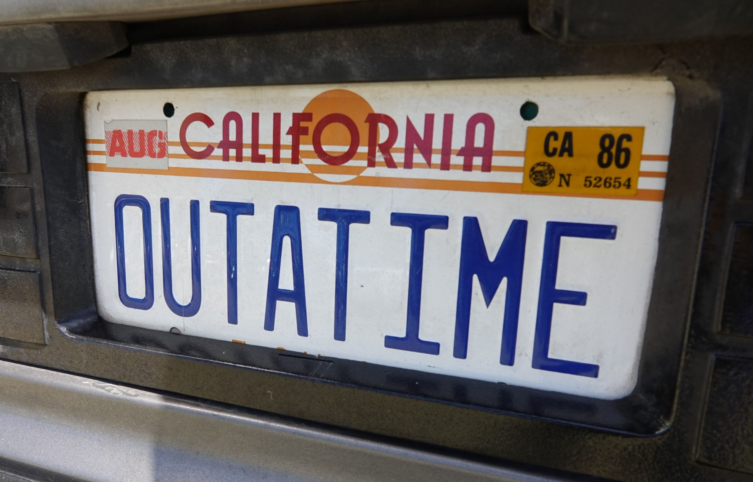 Time Machine - OUTATIME license plate